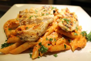 Penne Vodka with Grilled Chicken
